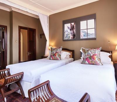 комнаты в Жираф манор