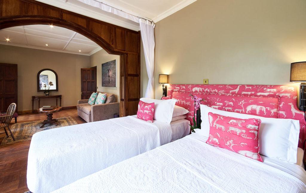 комната Марлон в Жираф Манор